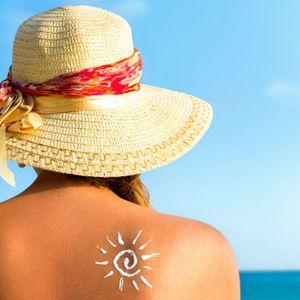 Bőrápolás nyáron – Dr. Gáspár Réka bőrgyógyász tanácsai